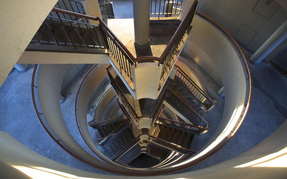 stairwell-house-refurbishment-north-london-builders-urban-design-build