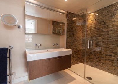 Bathrooms_3-1200x750